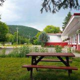 Boundary Creek Motel